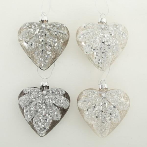Set 4 Heart Decorations