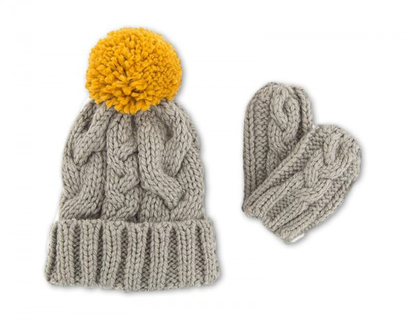 Toddler's Cable Knit Hat & Mitten Set