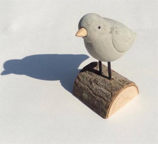 Birdie on a Log