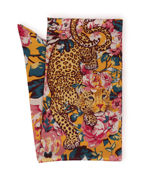 Powder Design Leopard Scarf